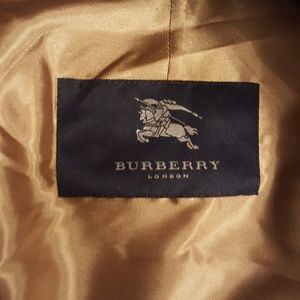 Burberry Jackets & Coats - BURBERRY trench coat / w removable liner 48 R
